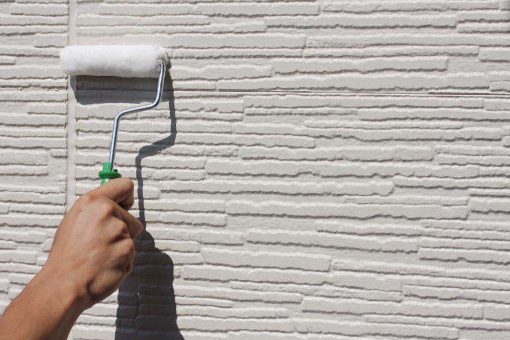 冬に外壁塗装をしたい時、どんな塗装業者を選べばいい?