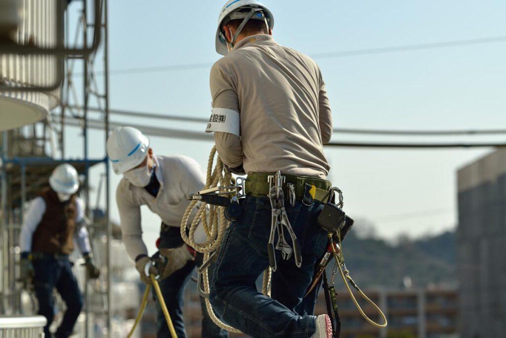 高所作業時の足場の高さはしっかりと法律で決まっているのか
